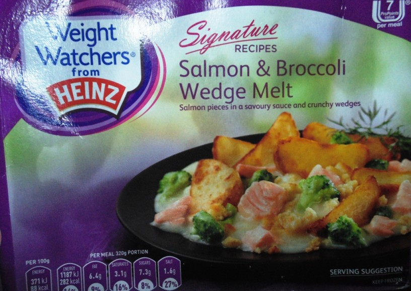 Ready Meal Monday - Weight Watchers Salmon and Broccoli Wedge Melt Box