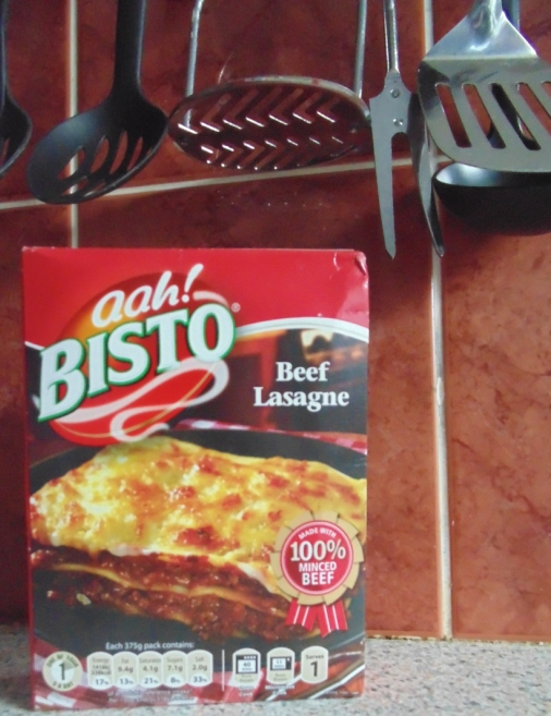 Ready Meal Monday - Bisto Lasagne Box