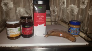 Strictly Suppers #2 American Smooth(ie) - The Peanut Butter and Jam Smoothie ingredients