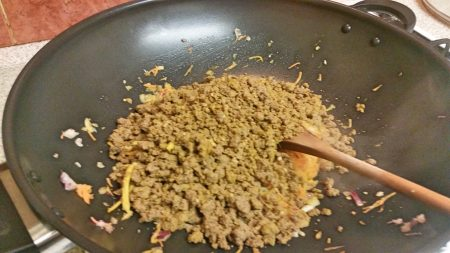 Adding the Quron mix to the pan for my Quorn Keema Masala